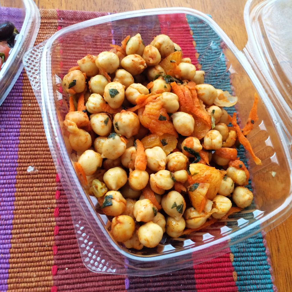 Gluten-free at Bountiful Eatery - Gluten-free chickpea salad | Gluten-Free Pearls